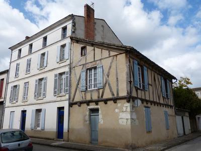 Property for sale in Ste-Foy-La-Grande, Dordogne, France