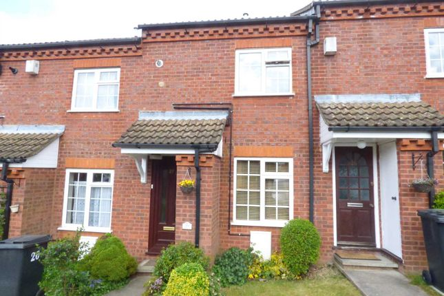 Thumbnail Terraced house for sale in Ormsby Close, Luton