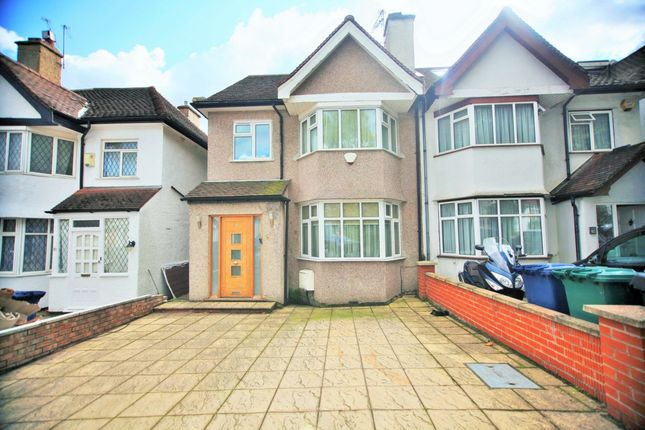 Thumbnail Semi-detached house for sale in West Avenue, Hendon