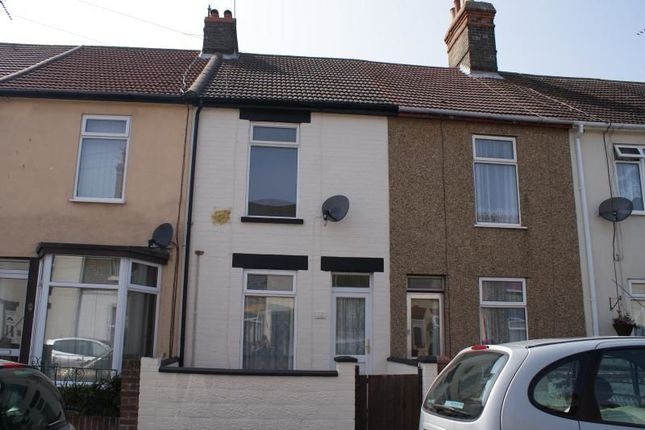 Thumbnail Terraced house to rent in Essex Road, Lowestoft