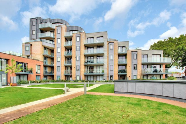 1 bed flat for sale in Berkeley Avenue, Reading RG1