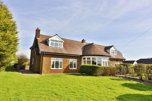 Thumbnail Detached house for sale in Bury & Rochdale Old Road, Heywood
