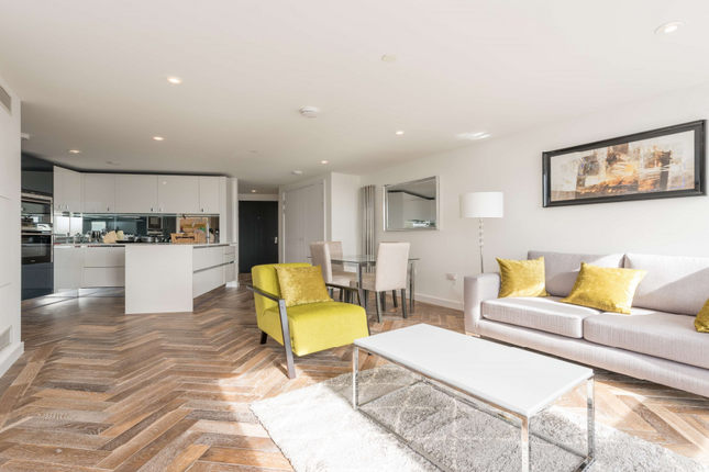 Thumbnail Flat to rent in Eagle Point, City Road, London