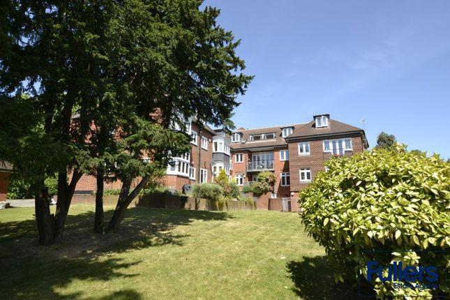 Flat for sale in Aldermans Hill, London
