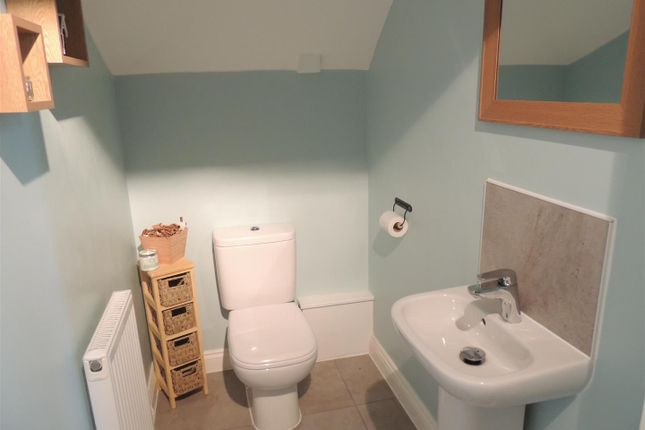 Cloakroom of Ingleside Road, Kingswood, Bristol BS15