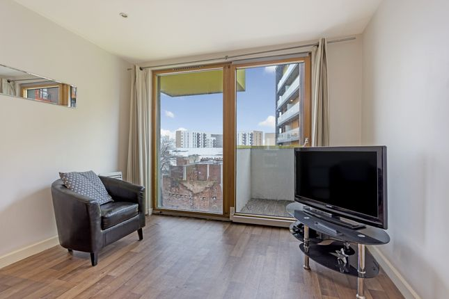 Thumbnail Flat to rent in Cutmore Ropeworks, Barking Central, Barking