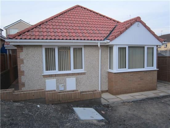 Thumbnail Detached bungalow to rent in Courtney Way, Bristol