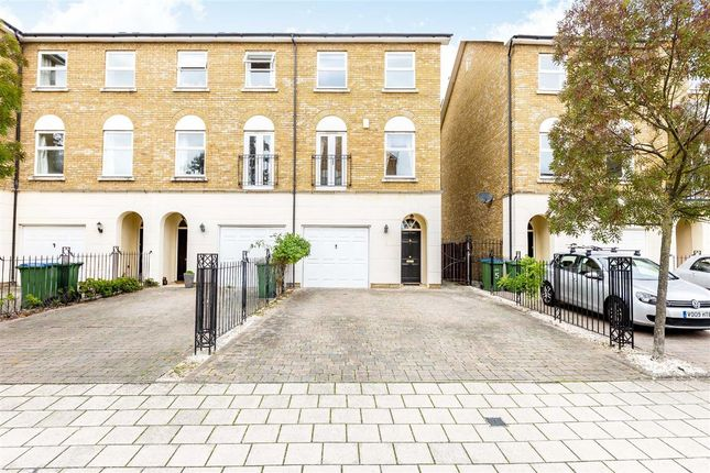Thumbnail Flat to rent in Williams Grove, Long Ditton, Surbiton