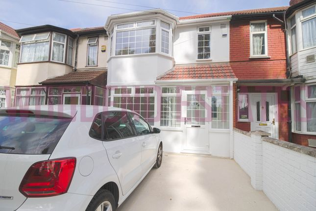 Thumbnail Terraced house to rent in Park Avenue, Southall
