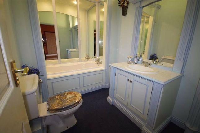 Bathroom of Kell Lane, Wainstalls, Halifax HX2