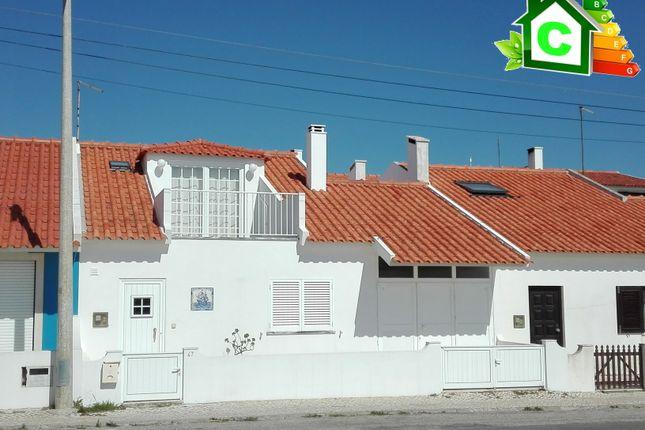 Thumbnail Villa for sale in Avenida Da Praia, Ferrel, Peniche, Leiria, Central Portugal
