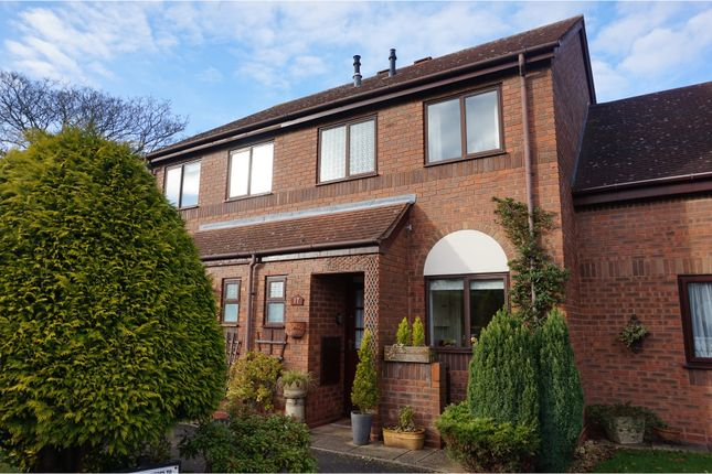 Thumbnail Terraced house for sale in Bourton Croft, Solihull