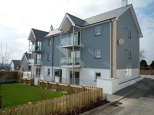 Thumbnail Flat to rent in Godolphin View, Camborne