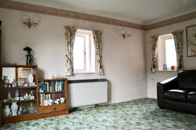 Reception Room of West Street, Gravesend DA11