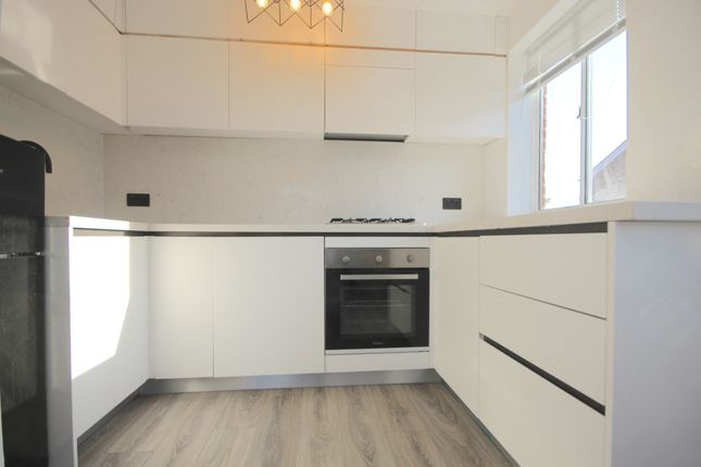 Thumbnail Flat to rent in Mulgrave Road, Croydon, Surrey
