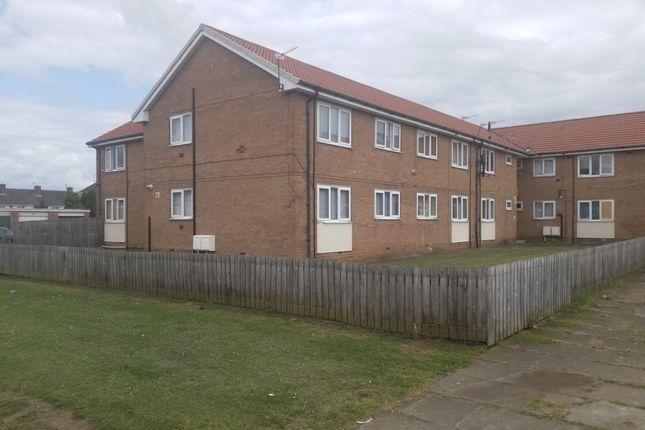 Thumbnail Flat to rent in Fosdyke Green, Middlesbrough