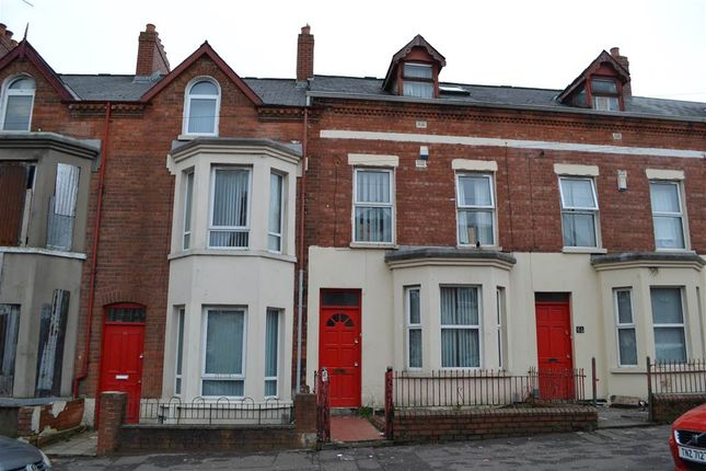 Thumbnail Town house to rent in 54, Agincourt Avenue, Belfast