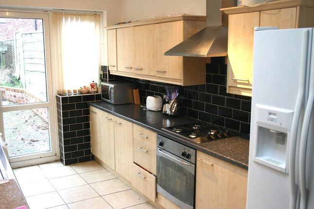Thumbnail Semi-detached house to rent in Lindleywood Road, Fallowfield, Manchester