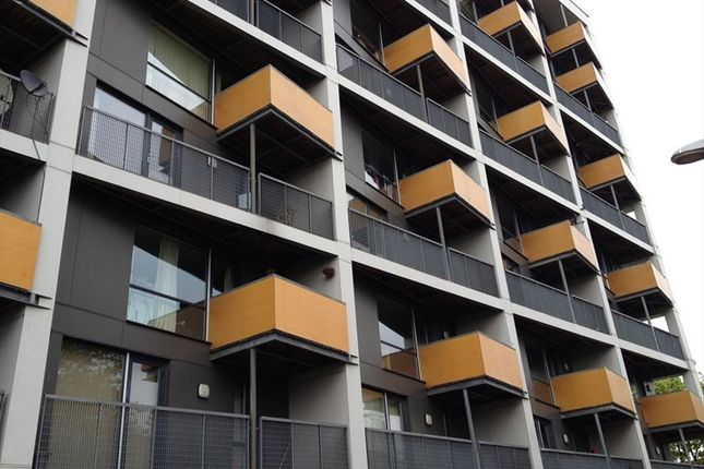 2 bed flat for sale in Higher Cambridge Street, Manchester