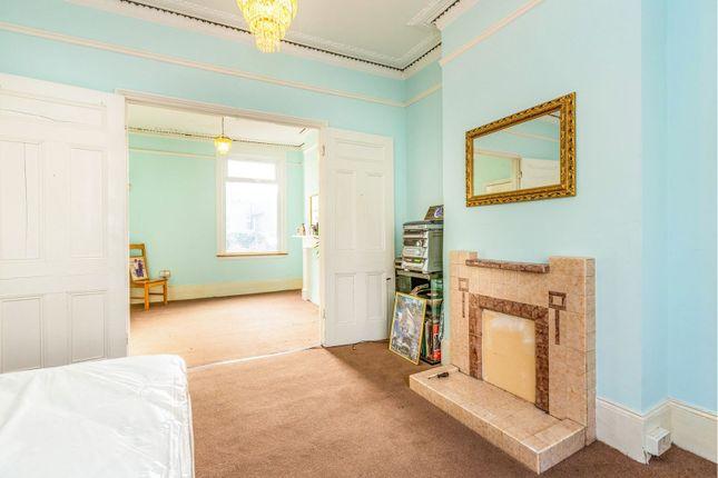 Reception Room of Corbyn Street, Stroud Green N4