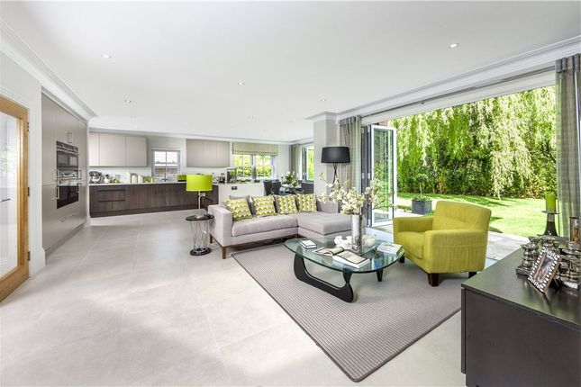 Thumbnail Detached house for sale in Murrell Hill Lane, Binfield, Bracknell