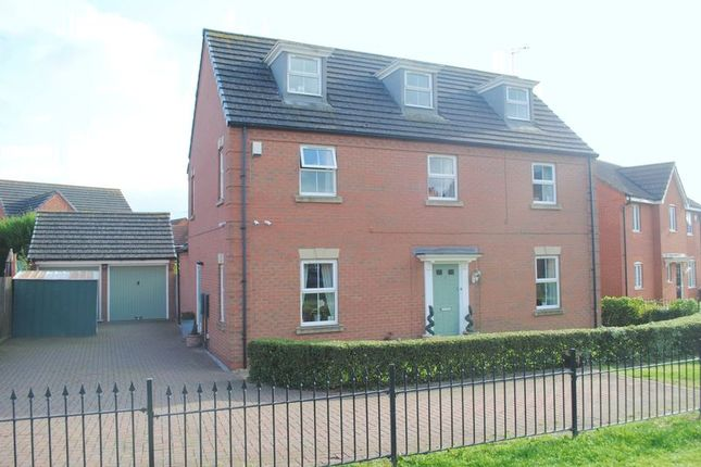 Thumbnail Detached house for sale in Campbell Close, Rushden