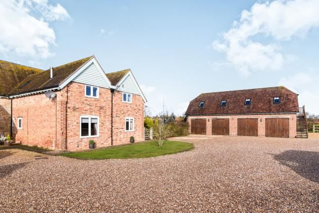 Thumbnail Barn conversion for sale in Manor Farm Barns, Stratford Road, Honeybourne, Worcestershire