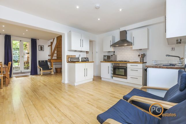 Thumbnail Terraced house to rent in Arlington Avenue, London