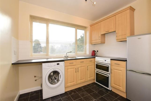 Thumbnail Maisonette for sale in Hammonds Lane, Great Warley, Brentwood, Essex