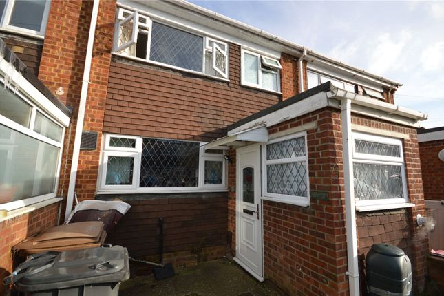 3 bed terraced house for sale in Easingwold Gardens, Luton LU1