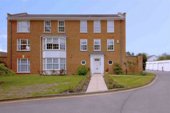 Phyllis Court Drive, Henley-On-Thames RG9