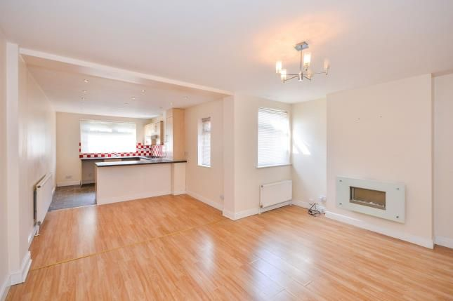 Lounge of Skerry Hill, Mansfield, Nottinghamshire NG18