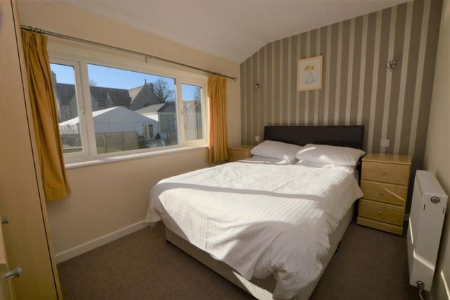 Master Bed of Newquay TR8
