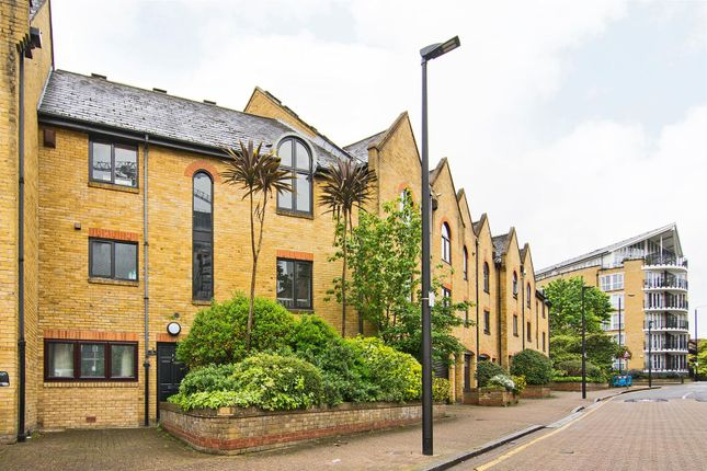 5 bed terraced house for sale in Kennet Street, London