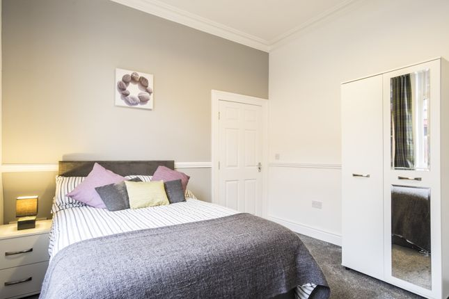 Thumbnail Flat to rent in Kelso Road, Liverpool