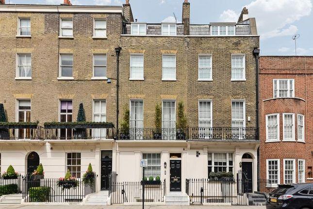 Thumbnail Terraced house for sale in Chapel Street, London