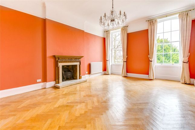 Thumbnail Flat to rent in Lower Park, Putney Hill, London