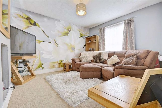 Thumbnail Flat for sale in South Road, Hailsham