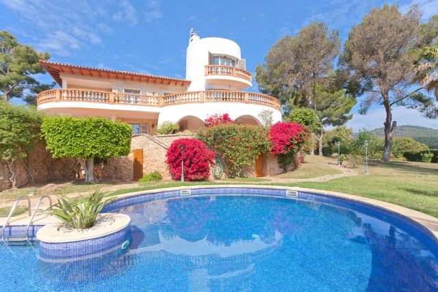 Thumbnail Villa for sale in Spain, Mallorca, Calvià, Palmanova