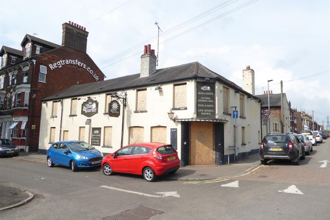 Thumbnail Property for sale in Montpelier Mews, High Street South, Dunstable