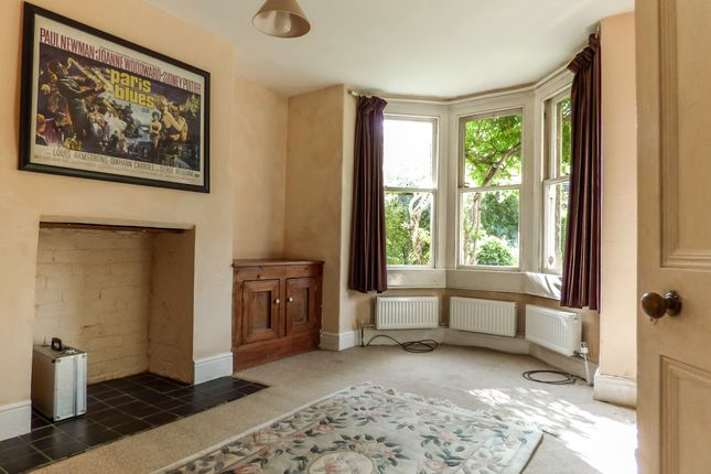 Living Room of Gordon Road, Widcombe, Central Bath BA2