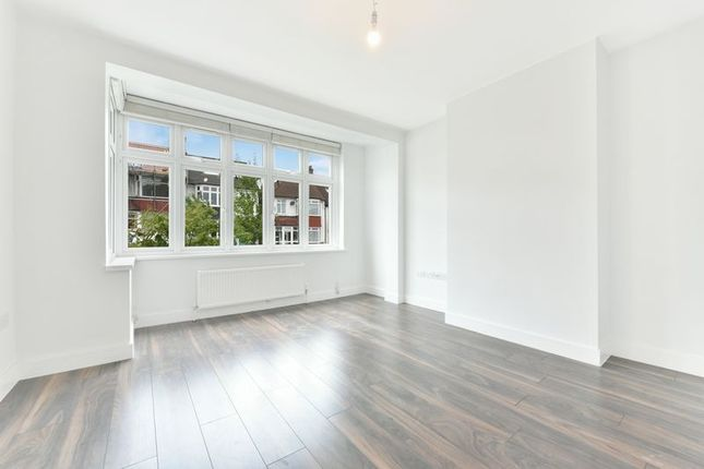 Thumbnail Terraced house to rent in Norton Gardens, London