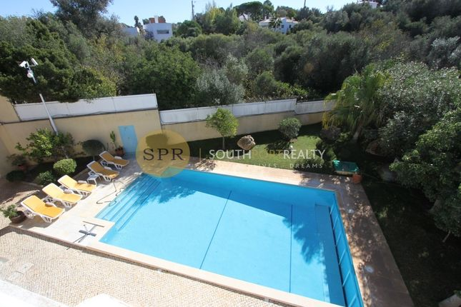 5 bed villa for sale in Montes Alvor, Alvor, Portimão Algarve