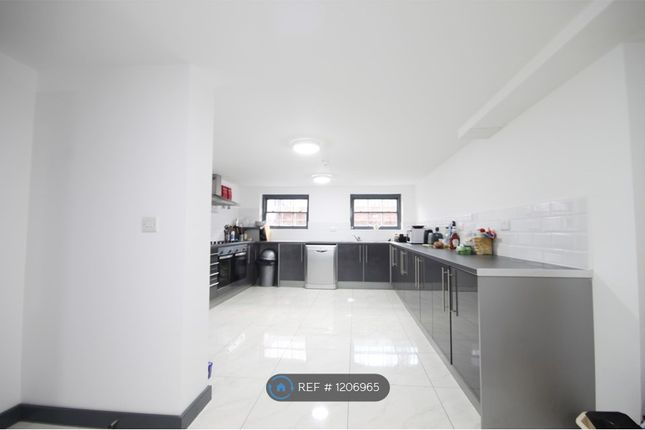 Room to rent in Seel Street, Liverpool L1