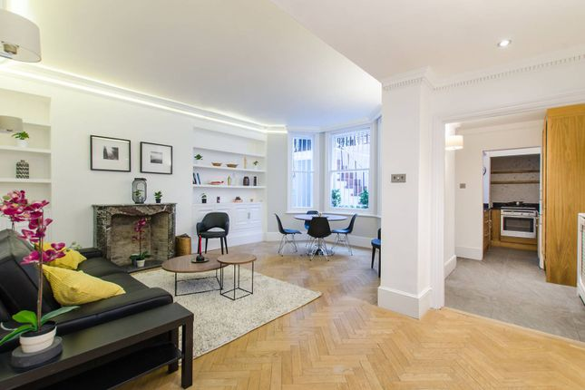 2 bed flat to rent in Rosary Gardens, South Kensington