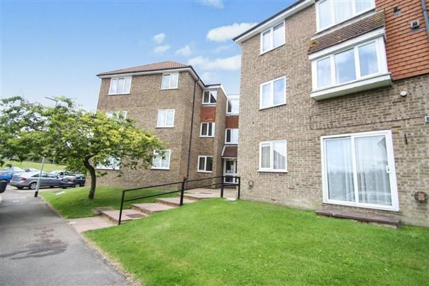 Thumbnail Flat to rent in Abbey Mews, Dunstable