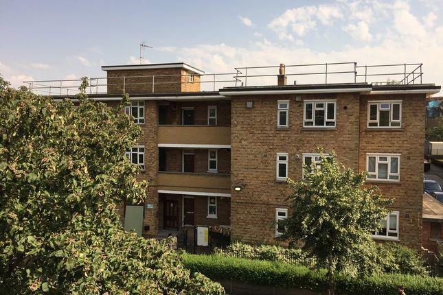 Thumbnail Flat for sale in Chatsworth Estate, Elderfield Road, London