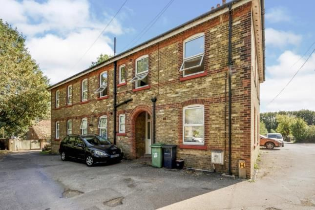 Picture No.09 of Gordon Court, Well Street, Loose, Maidstone ME15