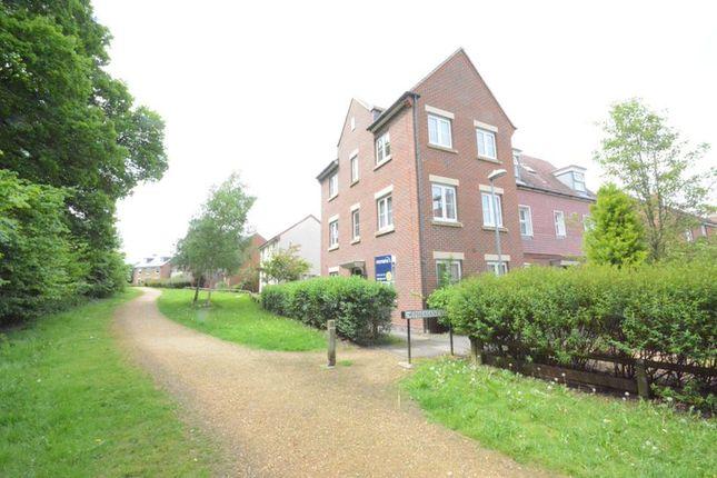 Thumbnail Semi-detached house to rent in Pheasant View, Jennett's Park, Bracknell