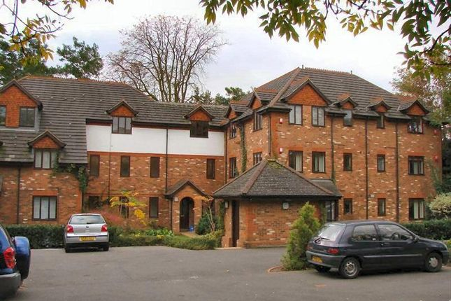 1 bed flat to rent in Brooklyn Road, Woking